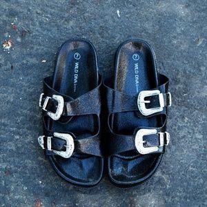 NEW🔥 Embossed Dual Buckle Slide Sandal Flip Flops